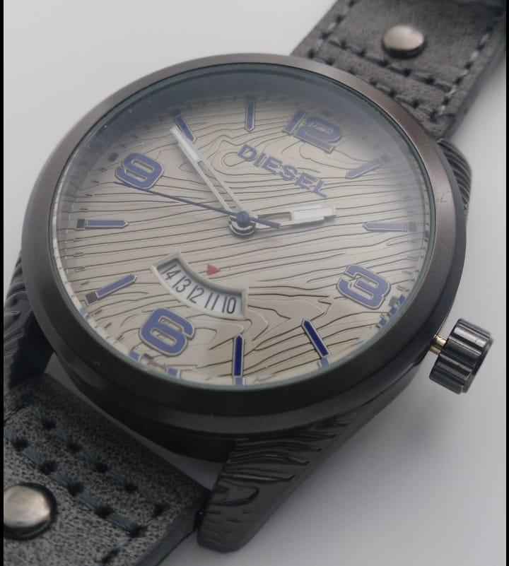 Reloj clon Disel Madera